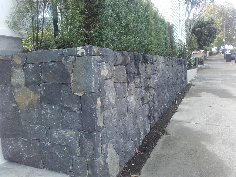 stone fence auckland